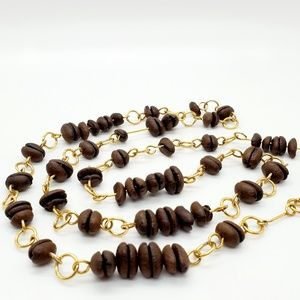 Coffee bean necklace • very cool!Check it out